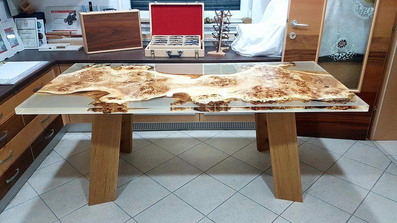 mặt bàn epoxy trang trí quán cafe, nhà hàng