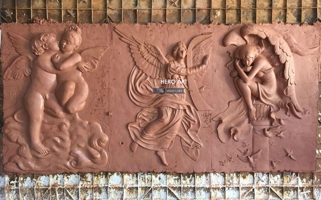 điêu khắc phù điêu cổ điển trên đất