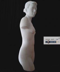 tượng nữ khỏa bán thân luyện vẽ