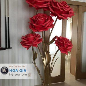 làm hoa hồng giả khổng lồ