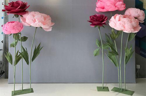 bán hoa giả làm bằng giấy khổng lồ