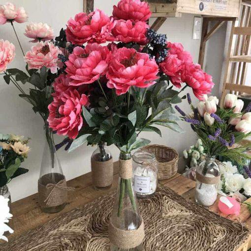 bình hoa giả để bàn, hoa trà đỏ nhị đen giá rẻ