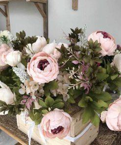 bình hoa giả trang trí trong nhà
