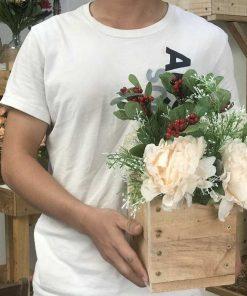 thùng hoa mẫu đơn giả, hoa vải để bàn, shop bán hoa giả