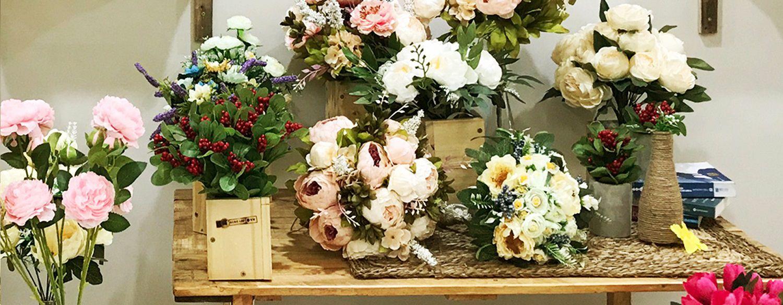 hoa giả để bàn đẹp