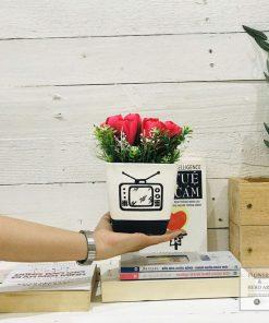 hoa giả chậu hoa lụa cắm sẵn để bàn làm việc