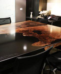 bàn gỗ epoxy văn phòng công ty