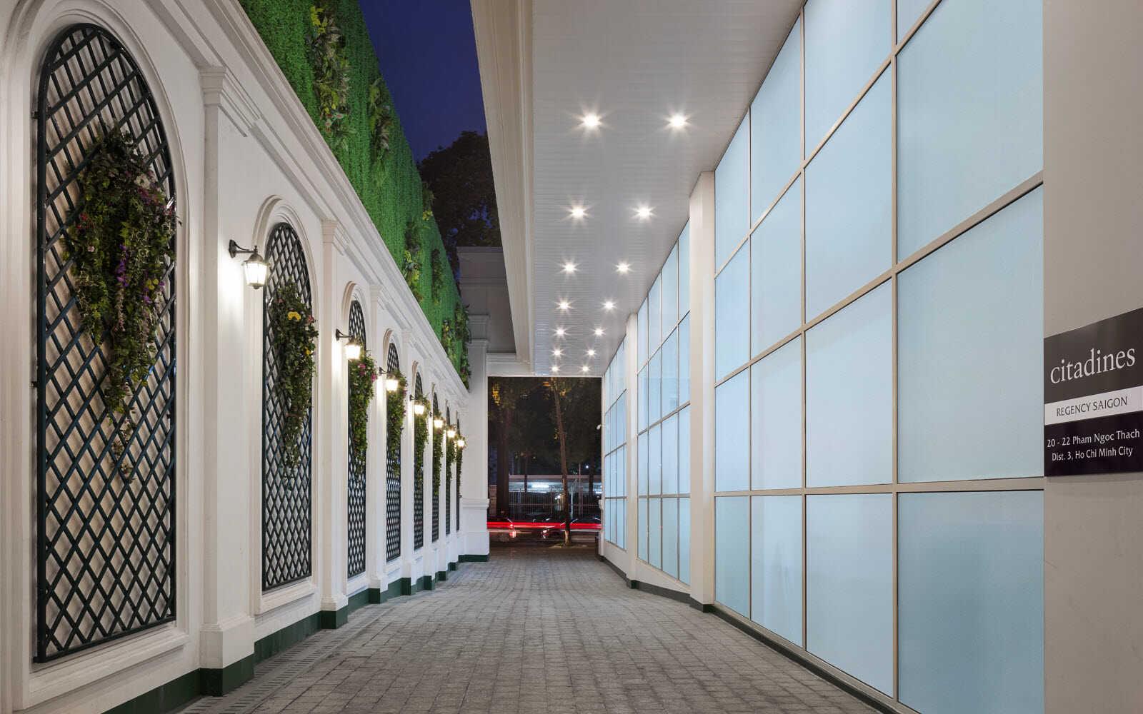 trang trí văn cảnh quan khách sạn
